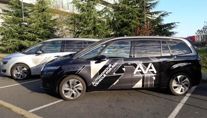 """El grupo PSA permite a los """"NO EXPERTOS"""" probar por primera vez el Vehículo Autónomo"""