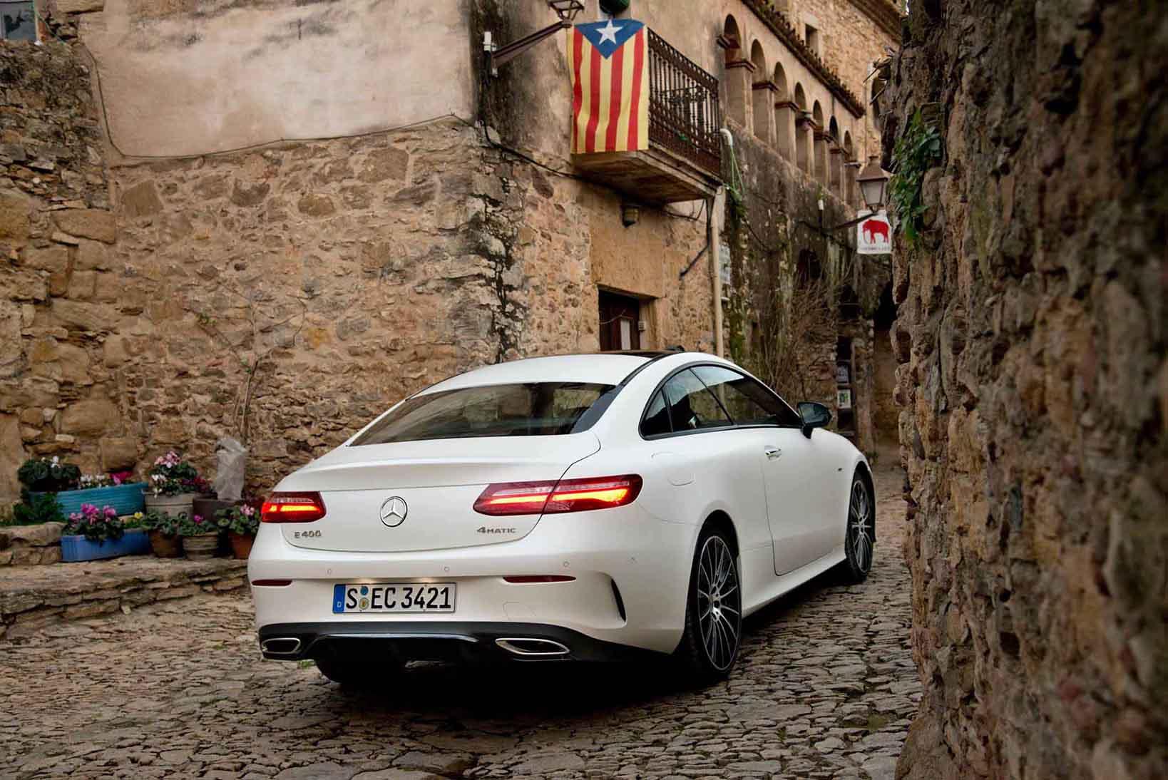 Mercedes-Benz-ClaseE_trasera