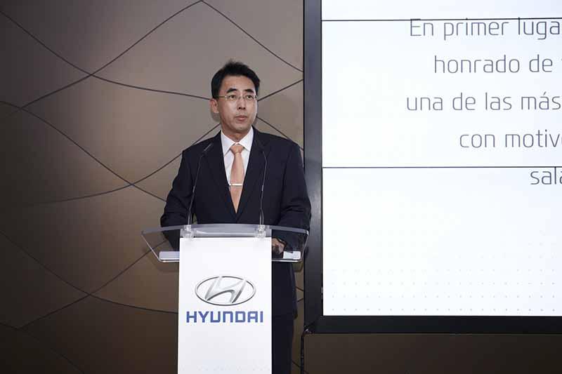 Hyundai inaugura en España la primera concesión digital de venta de automóviles