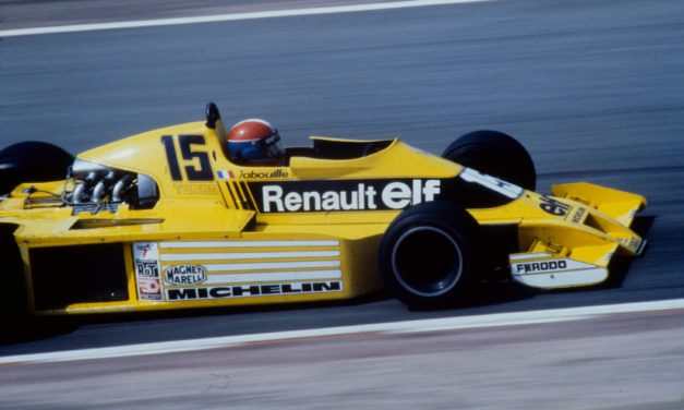 Renault se hace cuarentón en F1